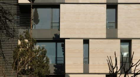 Gandi Office Building / Line Architecture Office