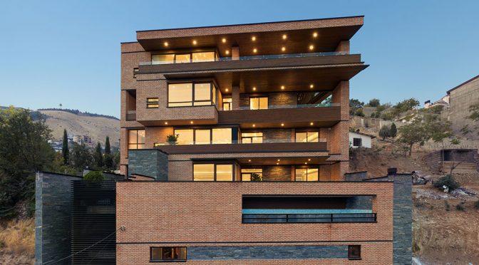 Lavasan House-Apartment / Atizist Consulting Engineers