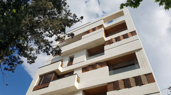 Derakhshan Residential Building / Asar Architects