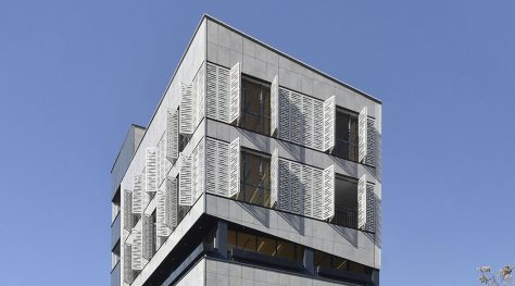 Zartosht Office Building / TKA Architecture Studio