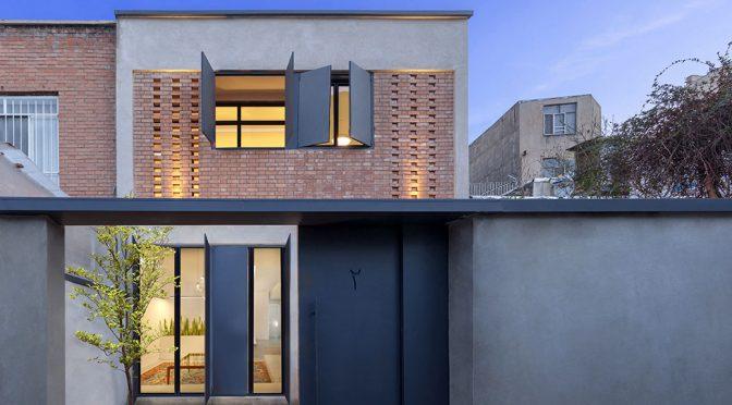 Khaneye Hayatdar / 4 Architecture Studio