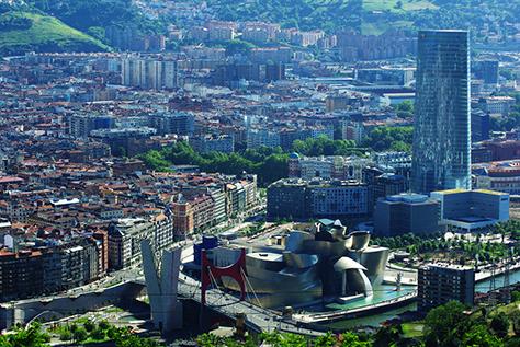 The Guggenheim Museum Bilbao, Spain / Frank Gehry