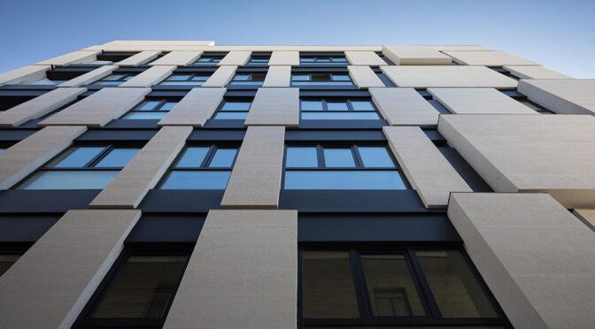 Paeiz 5 Building / Seyed Hamed Hosseini