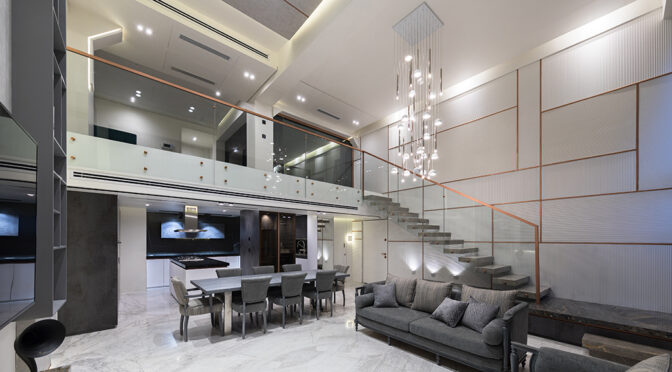 Boulevard Apartment Renovation / Ghazaleh Hanaei